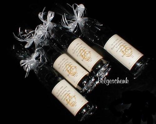 Klein wijnflesje met Logo etiket