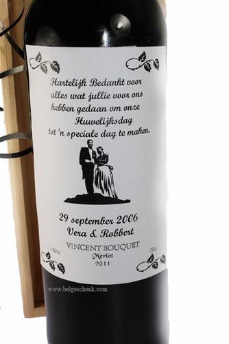 Wijnfles  als dank voor Huwelijk